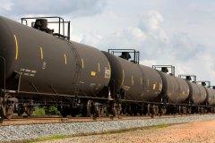 跨境铁路-俄勒冈州通过法案要求石油列车制定溢油应急计划